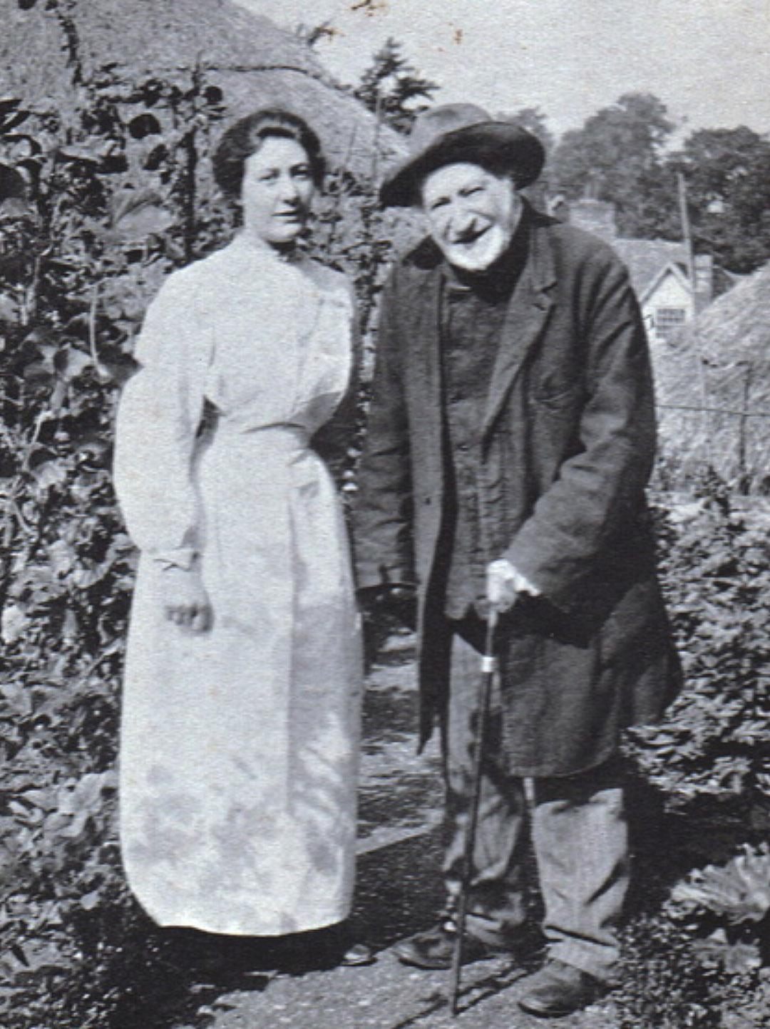 JD Moore with granddaughter Elizabeth